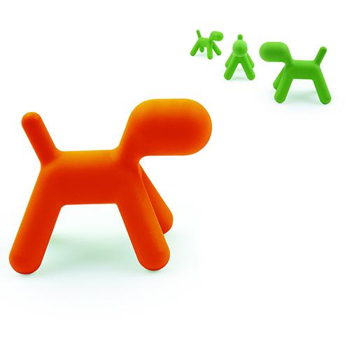 Puppy di Magis, il famoso cagnolino inventato da Eero Aarnio, allo stesso tempo complemento d'arredo e gioco