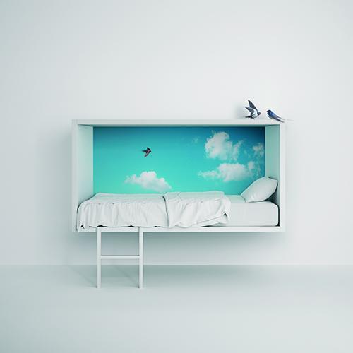Un letto sospeso come fosse un nido fra le nuvole: è Cloud Bed di Lago in cui i più piccoli possono rifugiarsi a leggere, giocare o rilassarsi