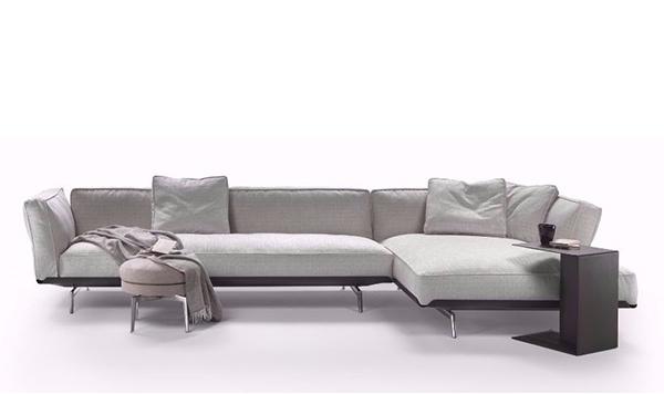 Este, divano e tavolino di di Antonio Citterio