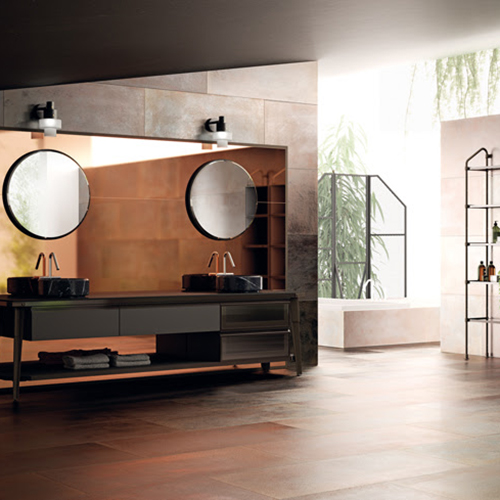 Diesel e Scavolini hanno dato vita anche a una collezione studiata la stanza da bagno: un sistema componibile di scaffalature, consente l'inserimento di mensole, vani a giorno, pensili e basi di diverse misure, a terra o sospese