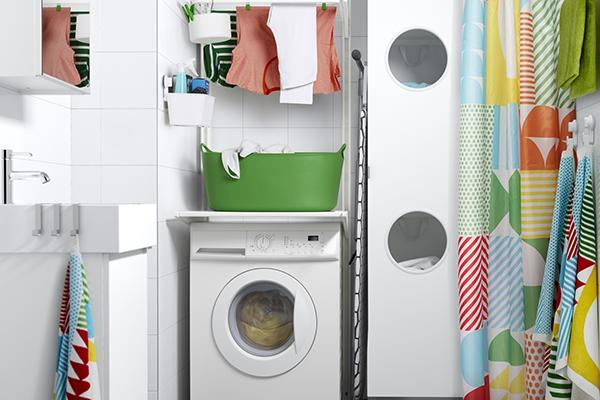 Da Ikea vani a giorno organizzati in modo intelligente e personalizzato, anche grazie all'aiuto di piccoli accessori che aiutano a mantenere tutto in ordine