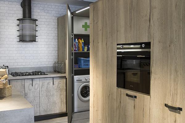 Armadio Lavanderia A Scomparsa : Lavanderia le soluzioni invisibili casa design