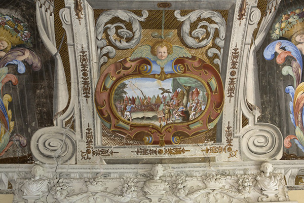 Gli interni del Castello di Sanfrè (Cuneo)