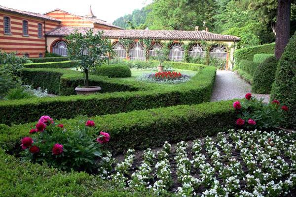 I giardini del Palazzo Fantini a Tredozio (Forlì-Cesena)
