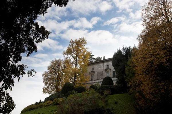 Parco Villa Carcano ad Anzano del Parco (Como)