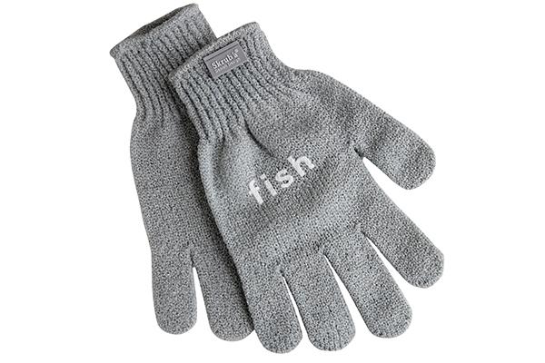 """I guanti squamapesce di Skrub'à sono impermeabile e antiscivolo (distribuito da <a href=""""http://www.schoenhuber.com"""">Schoenhuber</a>, 17,60 euro)"""