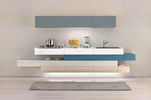 """Può essere composta in diversi modi e all'infinito: è <em>36e8 kitchen</em> di <a href=""""http://www.lago.it/"""">Lago</a>"""