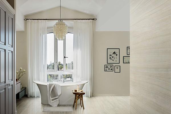 Come suggerisce il nome, Elegance di Piemme-Valentino è dedicato agli ambienti più raffinati:  grandi formati e texture riproducono in ogni dettaglio i marmi  preziosi