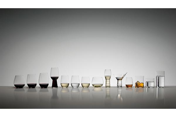 """Per una tavola perfetta, il bicchiere giusto per ogni bevande. In foto la ricca collezionedella serie <em>O</em> di<span class=""""il""""><a href=""""http://www.riedel.com/it/"""">Riedel</a></span>"""