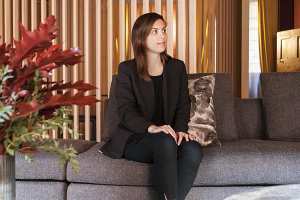 Sara Simoska, vincitrice del contest, è stata premiata nella serata di lunedì 25 settembre nel flagship store Molteni&C | Dada