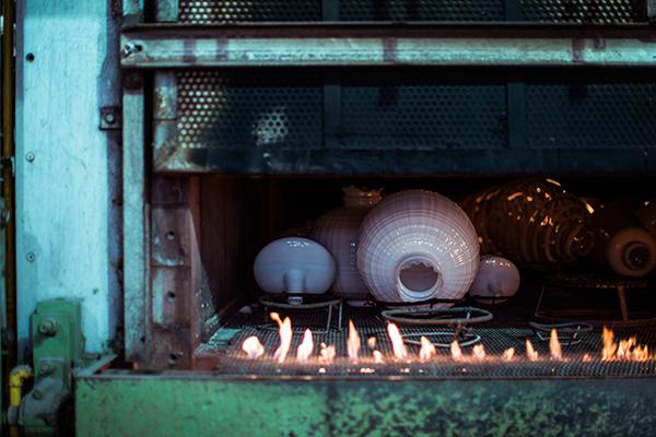 Vetrofond, manifattura di Tartan e Lumiere. Foto di Gianluca Vassallo