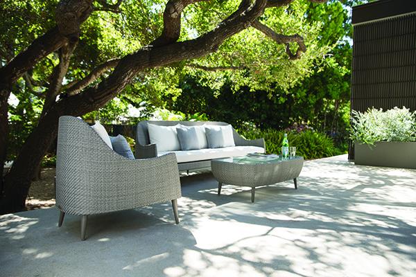 Collezione <em>Katachi</em>: Cocktail table rectangle 120 con superficie in vetro, Low back lounge chiar e Sofà a tre posti