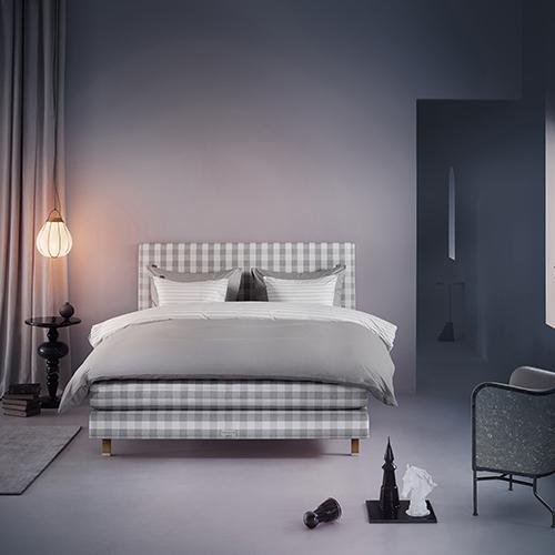 Il 24 novembre nei negozi Hästens saranno applicati sconti fino al 15% su tutti i modelli di letto, inclusa la special edition Tribute Bed, che celebra i 165 anni dell'azienda
