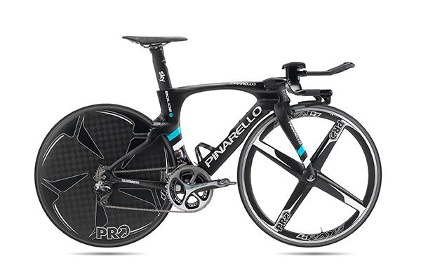 Bolide TT, bicicletta dal peso ridotto e aerodinamica. Produttore Cicli Pinarello. Design Fausto Pinarello
