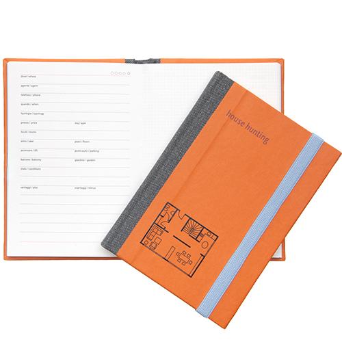 """Per gli amici alla ricerca della casa dei propri sogni. <em>House hunting Diary</em> di <a href=""""https://www.fabrianoboutique.it"""">Fabriano boutique</a> è il taccuino su cui annotare tutte le caratteristiche utili alla scelta, fare le proprie valutazioni e bozzetti (7,40 euro)"""