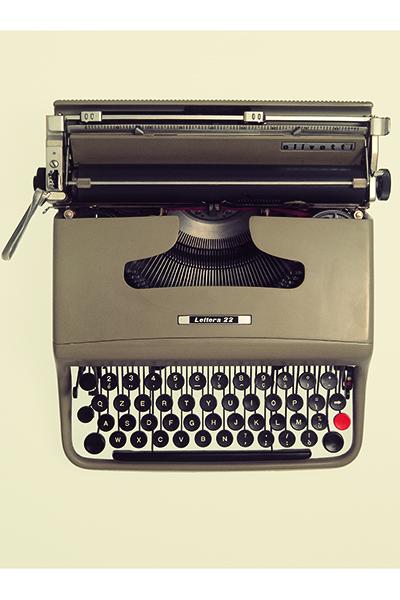 <em>Lettera 22</em>, la macchina per scrivere manuale portatile di Marcello Nizzoli (1950)