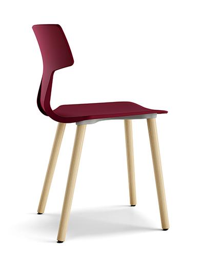 """<a href=""""http://colos.it/"""">Colos</a> si presenta a Stoccolma con <em>Split GL</em>: il nuovo modello di seduta con gambe in legno"""