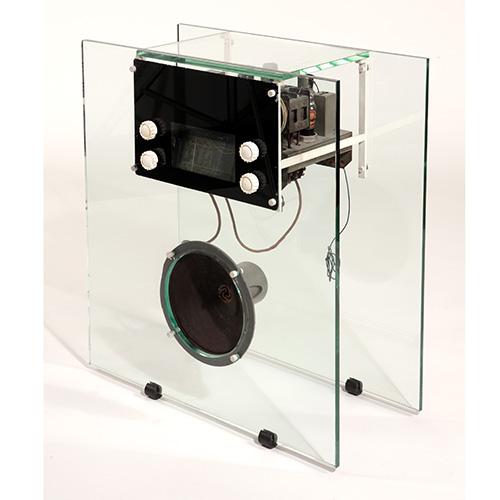 La mobile radio in vetro di Franco Albini (1938), un esemplare unico