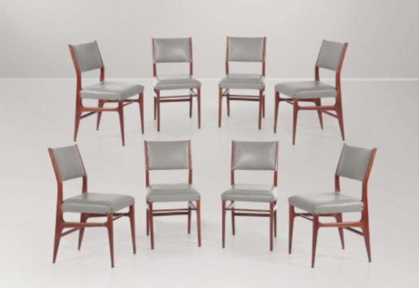 Sei sedie di Gio Ponti, prodotte da Cassina, Italia 1950. Esemplari provvisti di certifica di autenticità del Gio Ponti Archives, in legno e rivestimento in skai