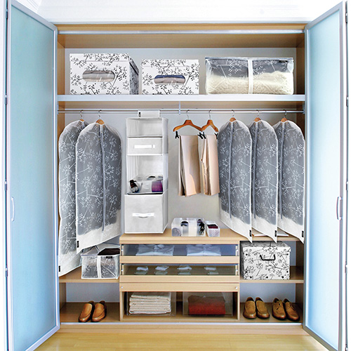 Le soluzioni di Domopak living per organizzare l'armadio