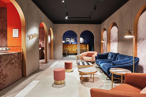 The Tile Club è composto da cinque diverse stanze: una lobby con portiere, una lounge aperta centrale, un cafè, una wunderkammer e un bistrot (foto Omar Sartor)