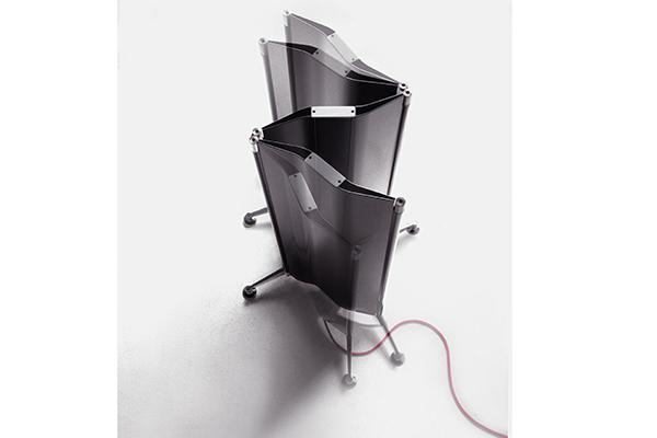 <em>Origami </em> Radiatore elettrico a parete o autoportante estensibile e ripiegabile come un paravento. Di Alberto Meda per Tubes