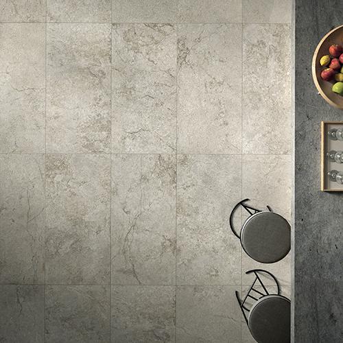 <em>Stone Concept</em> di Ceramiche Piemme, il gres che interpreta la pietra dei castelli della Loira