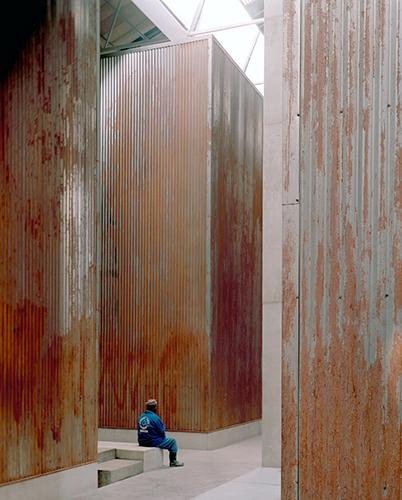 JoNoer, Red location Museum Of Struggle, museum memory boxes, 2005