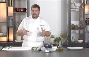 Involtini di sogliola al parmigiano e uva bianca