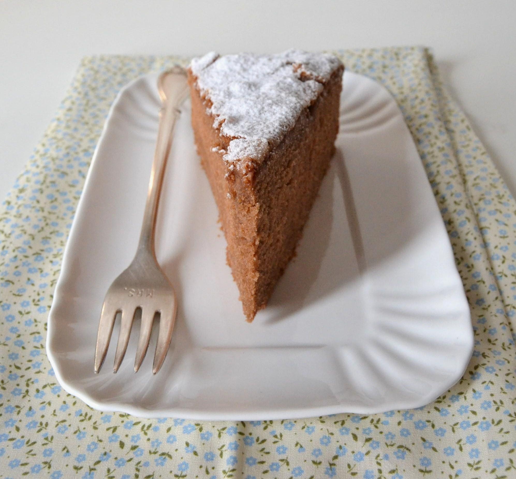 La torta al cioccolato col cuore di panna ricette ricetteaquadretti d - Differenza panna da cucina e panna fresca ...