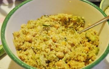 Insalata di quinoa ceci e zucchine