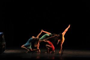 I spit on cancer, la danza contemporanea mette in scena il cancro