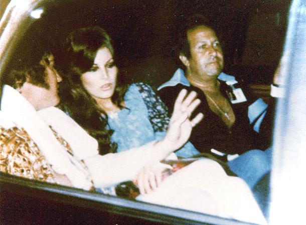 Elvis, Ginger Allen e Esposito