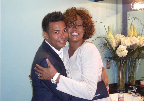 Whitney e Raffles Van Exel