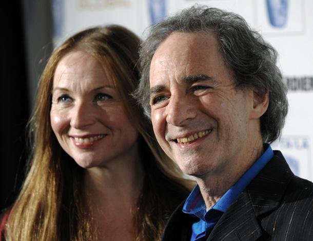 Harry Shearer and his  Judith Owen e il marito Harry Shearer © AP Photos /Chris Pizzello