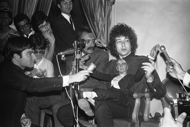 Bob Dylan, Parigi,  23 maggio 1966 (AP Photo/Pierre Godot)