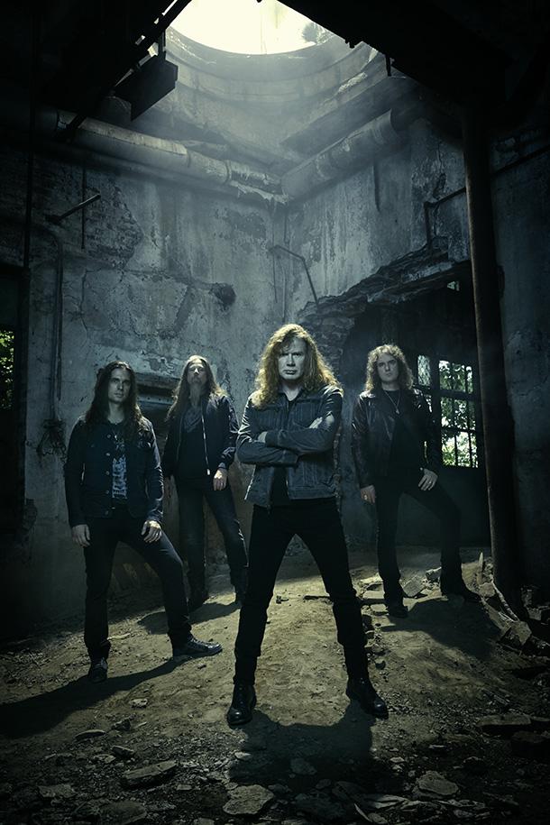 Megadeth_s02_0028_final