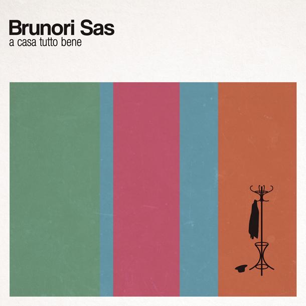 """La copertina dell'album """"A Casa Tutto Bene """""""