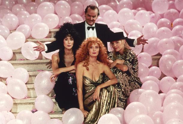 Le Streghe di Eastwick Eastwick con Cher, Susan Sarandon e Michelle Pfeiffer, 1987 © AP Photo