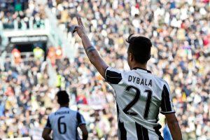 22/01/2017 Torino, campionato di calcio Serie A, Juventus-Lazio, nella foto esultanza Paulo Dybala gol 1-0