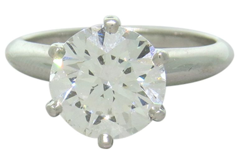 5) Anello di diamante Tiffany & Co. Platinum Round Diamond Solitaire Ring 3.09ct I VS1 Clarity