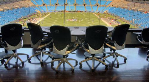 8) Quattro abbonamenti a vita per i Carolina Panthers