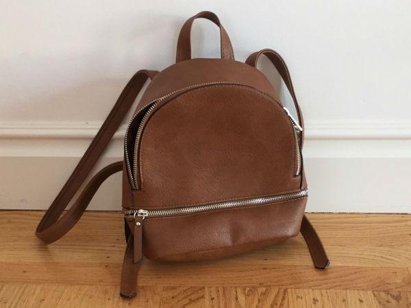 Volevo tenere questa borsa appena acquistata in Portogallo e ho deciso che avrei dovuto perché in realtà la uso.