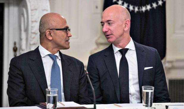 Amazon contro Microsoft: in ballo c'è un contratto da 10 miliardi con il Pentagono