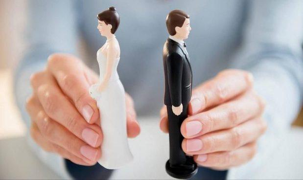 dovrei iniziare ad uscire dopo il divorzio