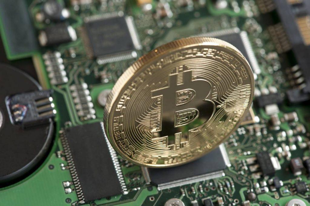 """Bitcoin vale zero"": Morgan Stanley spara sulla criptovaluta"