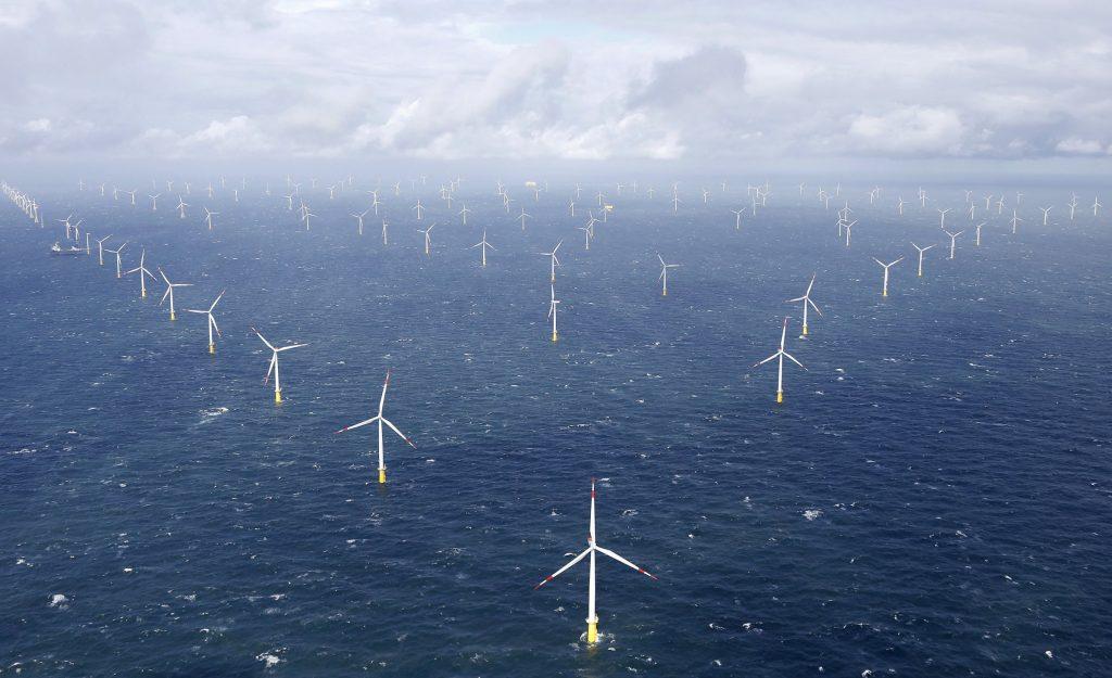 """A Natale la Germania ha pagato gli utenti per consumare elettricità, perché la sua rete è troppo """"verde"""""""