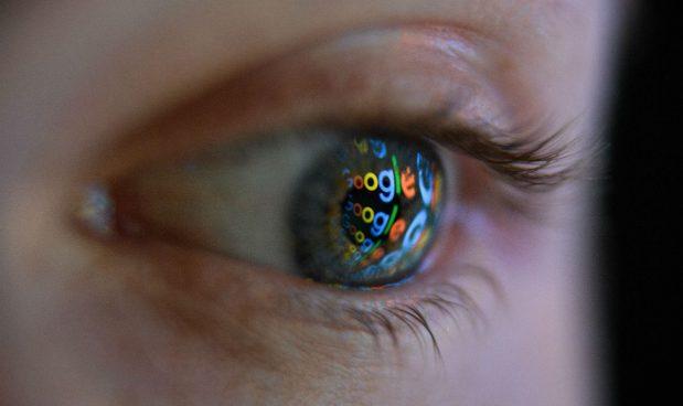 """""""Il grande fratello spia tutti i cittadini. Non c'è solo Huawei a minacciare i nostri dati"""""""