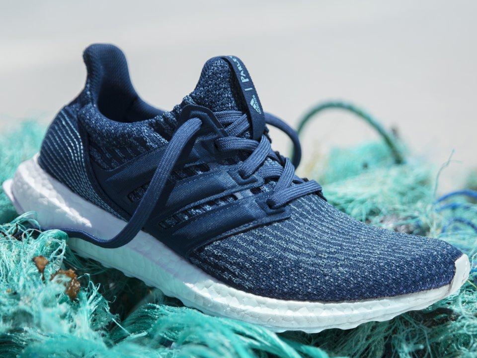 Prodotte Venduto Sneakers Milione Di Adidas Paia La Con Un Ha 0qFf6f