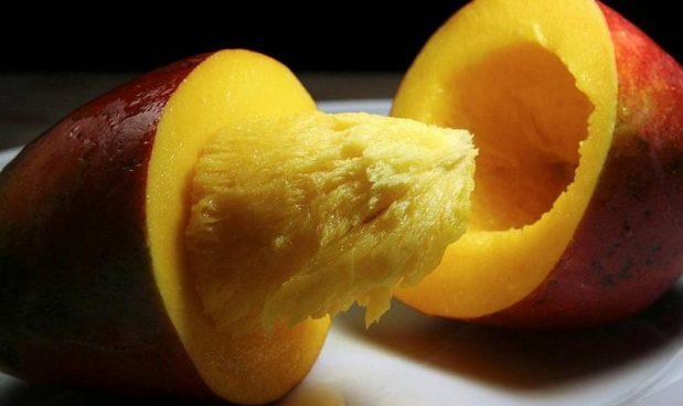 cdfa69a256 Miracoloso mango: è meglio di integratori e lassativi per stipsi e  reflusso, e cura anche l'acne – Business Insider Italia